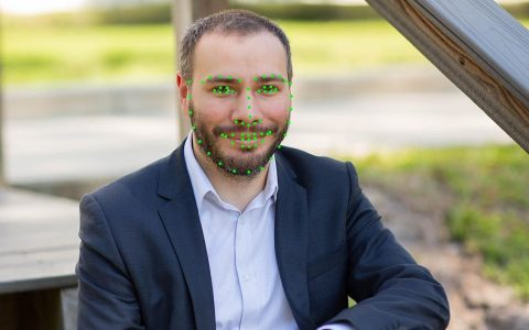 用Python检测人脸特征