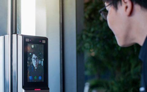 物联网家庭自动化中实现OpenCV计算机视觉算法的人员检测